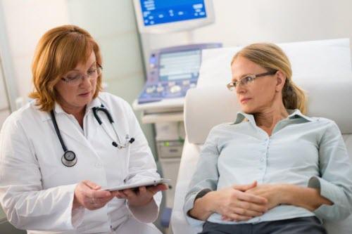 к какому врачу обращаться с поджелудочной железой